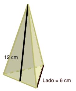 Pirámide triangular ejercicio 70 - Ejercicios resueltos de área y volumen de pirámides